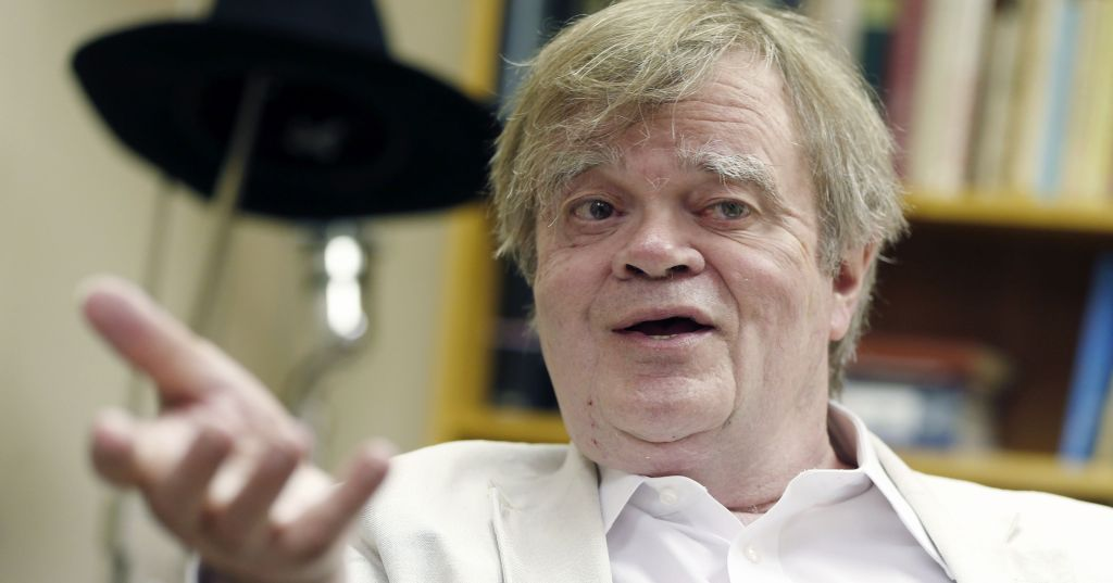 635730102662230567-AP-People-Garrison-Keillor